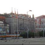Városközpontban található tér